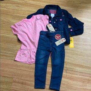 Brand New Girls Levi's Jacket/Top/Jeans Set Size 5